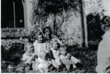 image 1924-geraldine-plunkett-dillon-with-children-moya-blath-eilis-mike-rory-jpg