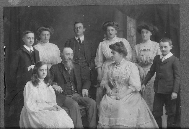 image 4-1908-count-countess-mimi-joe-moya-gerry-george-fiona-jackplunkett-copy-jpg